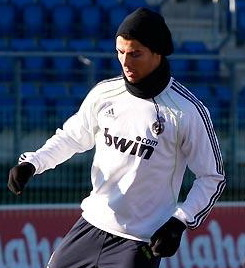 Ronaldo snood